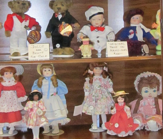 Dolls for sale at the Eclectic Reader